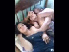 Tio safado comendo sobrinha com tia gravando vídeo
