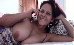 Mamãe gostosa se masturbando