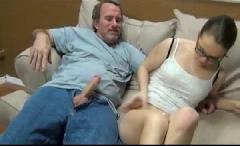 Pai e filha fazendo sexo gostoso