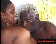 Quero Fuder, coroa de 70 anos com negra gostosa